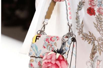 vestido flores bolso flores