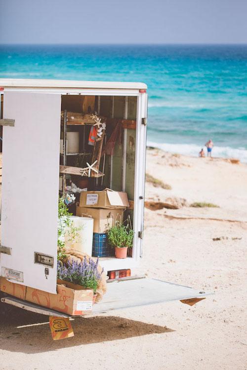 bodas frente al mar camión flores arena