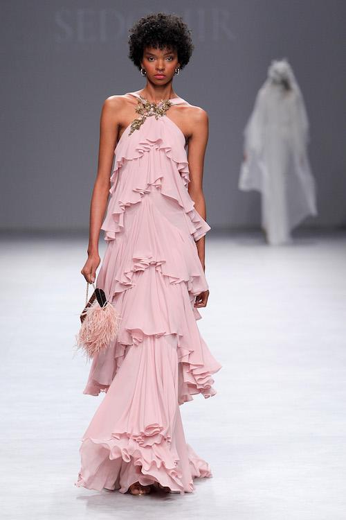 vestido invitada boda rosa