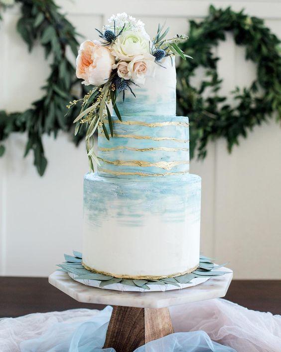 pastel boda azul claro
